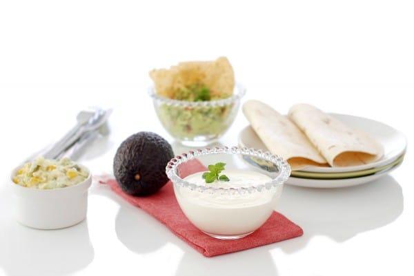 Salsa agria o Salsa de yogur con Thermomix®