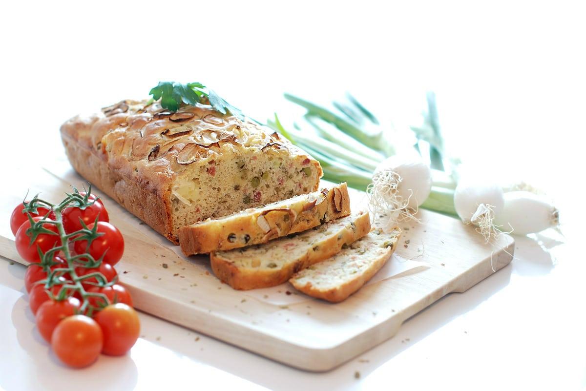 Pastel salado de jamón, queso y guisantes con Thermomix®